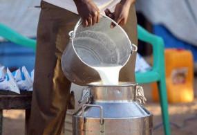 शहर के कुछ क्षेत्रों में 60 रुपए लीटर कर दिए गए दूध के दाम