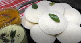 Idli: दाल चावल से बनाएं परफेक्ट नरम फुलफुली इडली, जानें सीक्रेट तरीका