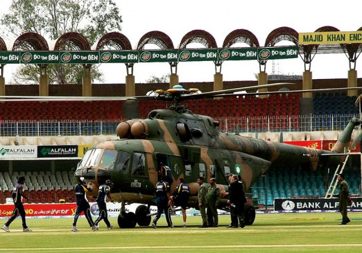 12 साल पहले इतिहास में दर्ज क्रिकेट के लिए काला दिन, खिलाड़ियों को बचाने आर्मी को मैदान पर उतारना पड़ा था हेलीकाप्टर