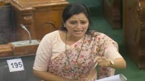सांसद नवनीत राणा ने पीएम और गृह मंत्री को लिखी चिट्ठी, शिवसेना से पूछा- किस आधार भेजेंगे जेल