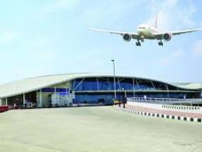 फिर नागपुर में तीन विमान देरी से पहुंचे , 4 फ्लाइट रद्द
