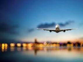 कोविड-19 की वैक्सीन लगवा चुके मुंबई आ रहे विदेशी यात्रियों को क्वारेंटाइन अनिवार्य नहीं, नागपुर में फिर दो विमान लेट-दो रद्द