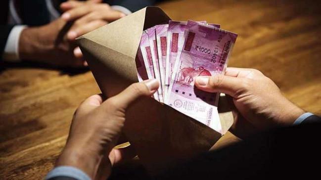 7th Pay Commission:केंद्रीय कर्मचारियों के लिए खुशखबरी, 1 जुलाई से DA में 28% की बढ़ोत्तरी!