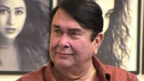 करीना के पिता रणधीर कपूर पॉजिटिव, पंकजा भी संक्रमित, वेंटीलेटर पर हैं कांग्रेस सांसद राजीव सातव