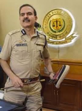 परमबीर सिंह के खिलाफ एक और जांच का आदेश, इंस्पेक्टर ने की थी शिकायत