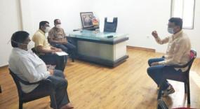 बीड : गेवराई में बनेगा 200 बेड का कोविड केयर, पूर्व विधायक अमरसिंह पंडित ने की समीक्षा