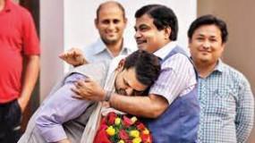 बीजेपी का दावा- गडकरी-फडणवीस के प्रयासों से ही नागपुर में नियंत्रित है कोरोना