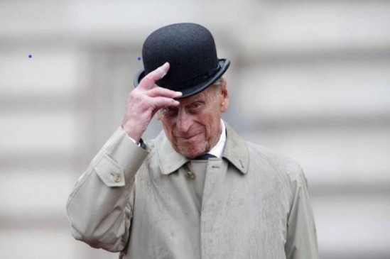ब्रिटेन: महारानी एलिजाबेथ द्वितीय के पति प्रिंस फिलिप का निधन, पूरे ब्रिटेन में शोक की लहर