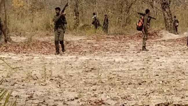 Naxal Attack: बीजापुर हमले में 24 जवान शहीद, नक्सलियों ने तीन ओर से घरकर सुरक्षाकर्मियों पर बरसाई गोलियां