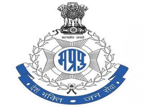 परीक्षा में फेल होने के बाद भी जबलपुर की युवती वर्दी पहनकर घूमती रही, फर्जी एसआई गिरफ्तार