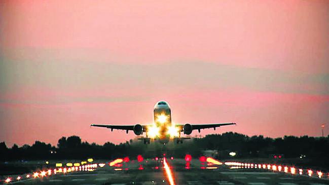 लगातार लेट हो रही फ्लाइटें,  6 विमान नहीं पहुंचे नागपुर