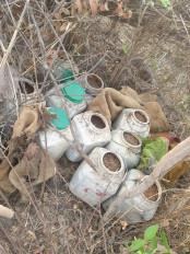 जंगल में चल रही थी अवैध शराब की फैक्ट्री, दो आरोपी गिरफ्तार
