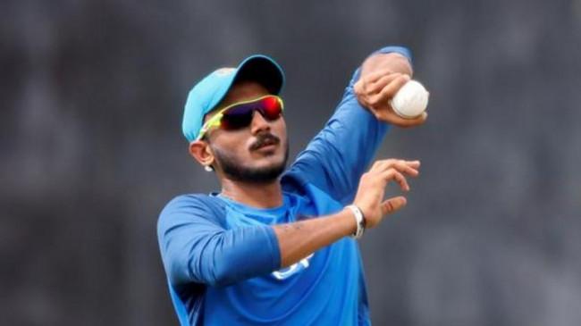 IPL से पहले दिल्ली कैपिटल्स को लगा बड़ा झटका, अक्षर पटेल कोरोना पॉजिटिव