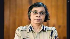 आईपीएस रश्मि शुक्ला को समन, फोन टैपिंग मामले में महाराष्ट्र पुलिस के सायबर सेल की कार्रवाई