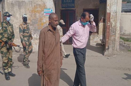 जम्मू-कश्मीर: पुरा सेक्टर में सरहद पार कर रहा पाकिस्तानी घुसपैठिया पकड़ा गया