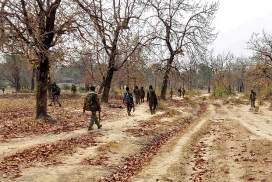 छत्तीसगढ़: माओवादियों का दावा, सुरक्षा बलों के साथ मुठभेड़ के बाद एक जवान को बंधक बनाया