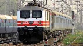 मुंबई-पुणे से नागपुर के लिएनहीं मिल रहे यात्री,मध्यरेल्वे ने रद्द की यह ट्रेनें
