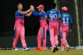 RR vs KKR : मॉरिस और संजू सेमसन ने राजस्थान को दिलाई दूसरी जीत, कोलकाता को 6 विकेट से हराया