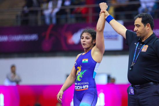 एशियाई कुश्ती चैम्पियनशिप: सरिता ने भारत को दिलाया गोल्ड, सीमा और पूजा की झोली में कांस्य
