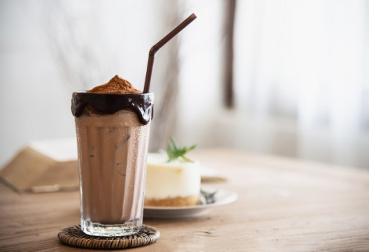 Summer Drink: इस गर्मी में घर पर बनाएं कोल्ड कोको, जानें रेसिपी