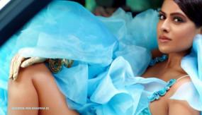 Photos: स्काई ब्लू ड्रेस में निया शर्मा का बोल्ड अवतार, लोगों ने कहा- Sara Ali Khan को किया कॉपी