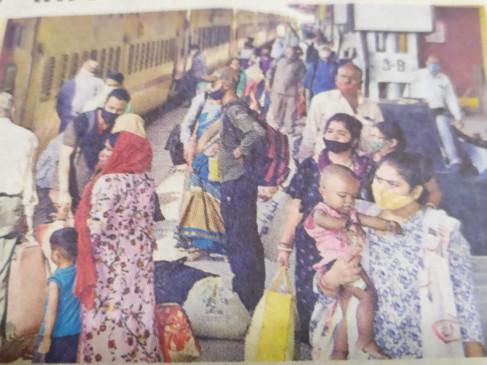 खुश होकर बोले यात्री.. अच्छी है दिन के समय भोपाल जाने के लिए नई ट्रेन की सौगात