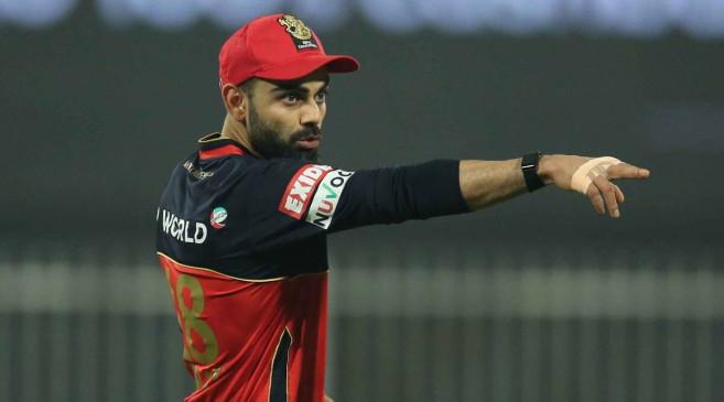 IPL 2021: CSK के खिलाफ स्लो गेंदबाजी पड़ी महंगी, RCB के कप्तान कोहली पर लगा 12 लाख का जुर्माना