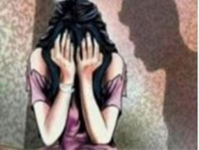 छेडख़ानी के बाद युवती से मारपीट - दी जान से मारने की धमकी