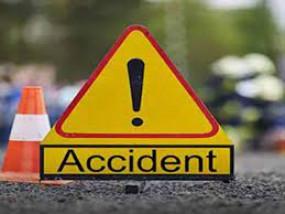 बर्थ डे पार्टी मनाकर लौट रहे युवक की सड़क दुर्घटना में मौत