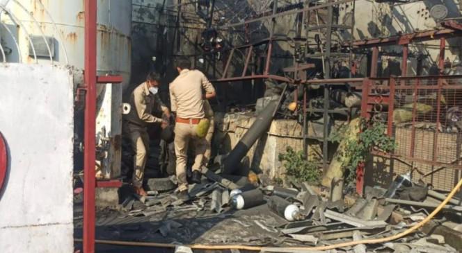 लखनऊ के ऑक्सीजन प्लांट में धमाका, 3 लोगों की मौत, 5 से ज्यादा घायल