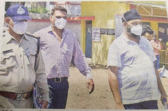 सिटी अस्पताल कर्मी देवेश ने उगला फर्जी आईडी का राज -बयाान में कहा-मोखा के कहने पर बेटे हरकरण ने उपलब्ध कराई थी