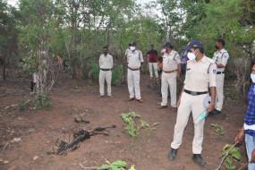 खेत में मिला शव, हत्या की आशंका - खतौला थाना क्षेत्र में सिमरिया में सनसनी, पुलिस ने विभिन्न कोणों से शुरू की जाँच