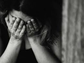 फेसबुक फ्रेंड ने नौकरी, शादी का झांसा देकर किया यौन शोषण