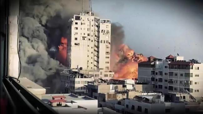 इजराइल का खूनी बदला: हमास की 13 मंजिला इमारत को उड़ाया, अब तक 83 की मौत