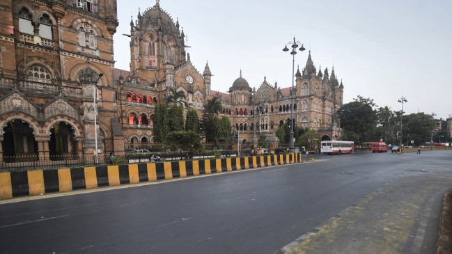 महाराष्ट्र में कंट्रोल हुआ कोरोना, लोगों की नहीं दी जाएगी छूट, 15 दिन के लिए बढ़ा लॉकडाउन