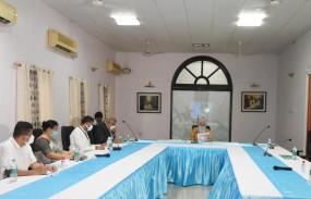 बंगाल में च्रकवात से नुकसान पर रिपोर्ट सौंपने के लिए ममता ने पीएम से की मुलाकात, समीक्षा बैठक में शामिल नहीं हुई