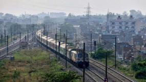 यूपी- पश्चिम बंगाल से महाराष्ट्र आने वालों को निगेटिव रिपोर्ट लाना जरूरी