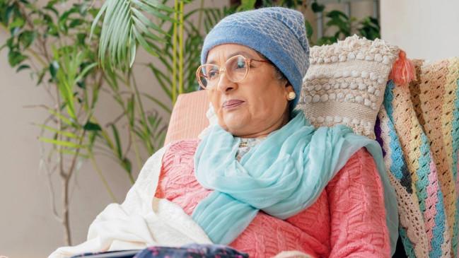 नीना गुप्ता बनी बूढ़ी दादी, कहा- अभिनेताओं के पास भी कुछ अलग करने का मौका