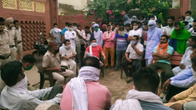 Haryana: जींद के दनौदा गांव के लोगों का ऐलान, ना मास्क लगाया जाएगा और ना ही किसी गाइडलाइन का पालन होगा