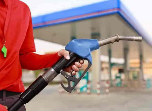 अनूपपुर में अब 102 रुपए प्रति लीटर हुआ पेट्रोल