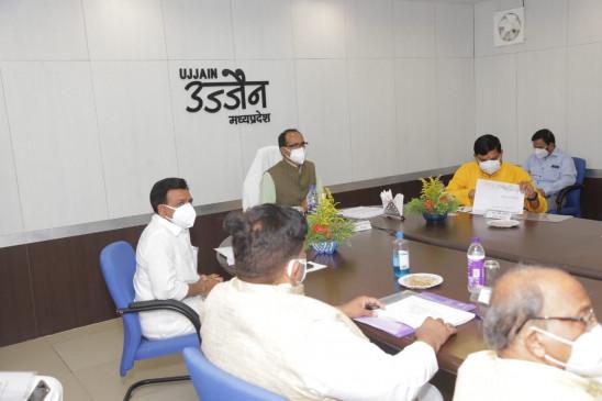 क्राइसिस मैनेजमेंट की बैठक में CM शिवराज ने कहा- मप्र में 1 जून से अनलॉक करने की प्रक्रिया शुरु होगी