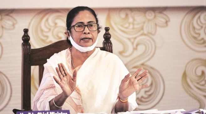 ममता बनर्जी ने केंद्र पर भेदभाव करने का आरोप लगाया, बोलीं- छोटे राज्यों को 600 करोड़ रुपए की सहायता और बंगाल को सिर्फ 400 करोड़