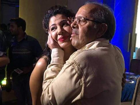 संभावना सेठ के पिता कोरोना संक्रमित, नहीं मिल रहा अस्पताल में बेड, सोशल मीडिया पर मांगी मदद