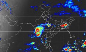 साइक्लोन 'ताऊ ते' की गुजरात में दस्तक, ज्यादातर तटीय इलाकों में भारी बारिश और तेज हवाएं