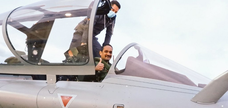 Rafale fighter jets 5th Batch: फ्रांस से तीन और राफेल फाइटर जेट रात में पहुंचेंगे भारत
