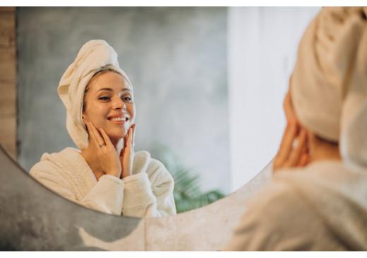 Beauty Updates: चेहरे पर करें ग्लाइकोलिक एसिड का इस्तेमाल, 45 की उम्र में भी दिखें जवां