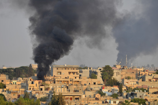 अमेरिका ने इराक, सीरिया में ईरान समर्थित मिलिशिया के खिलाफ हवाई हमले किए