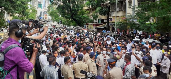 राम मंदिर पर शिवसेना की टिप्पणी के खिलाफ भाजपा का आंदोलन, भिड़े कार्यकर्ता