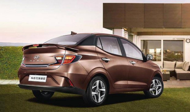 Updated Hyundai Aura भारत में लॉन्च, जानें कीमत और नए फीचर्स के बारे में