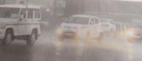 झूमकर बरसे बादल, औसत के करीब पहुँचा आँकड़ा - जून में औसत 7 इंच बारिश होती है, 24 दिनों में अब तक 5.5 इंच पानी गिरा